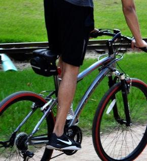 Cyclists & luggage